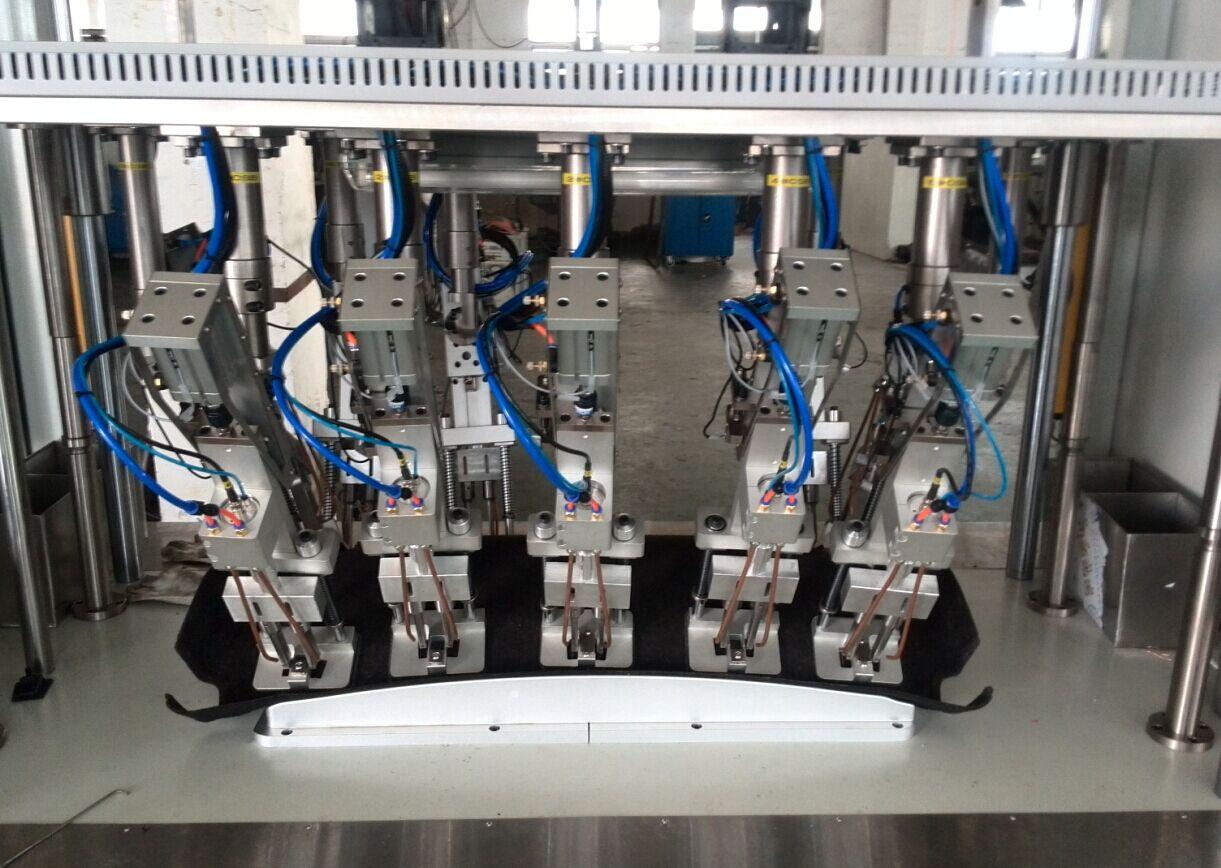 汽车后备箱后隔板塑料挂扣卡扣超声波多头焊接机