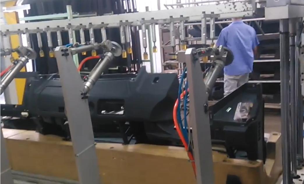 卡车仪表台多头热铆焊接治具工装
