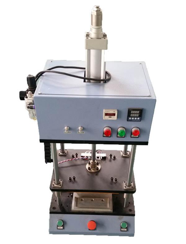 电子油门踏板传感器实心柱热熔热铆焊接机